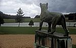 Holkham Hall: Bronzestatue  - Wells-next-the-Sea