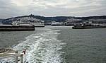 Fähre Dover - Dünkirchen: Blick von der Fähre auf den Port of Dover (Hafen) - Dover