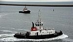 Fähre Dover - Dünkirchen: Port Ouest (Westhafen) - Schlepper u.a. Clairvoyant - Dünkirchen