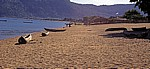 Einbäume am Strand - Cape MacLear
