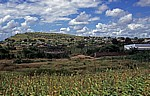 Busfahrt Blantyre - Harare: Tete-Korridor - Dorf - Provinz Tete