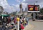 Kigamboni Ferry Terminal (Fähranleger): Warten auf die Fähre - Daressalam