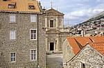 Stari Grad (Altstadt): Blick von der Stadtmauer - Crkva Sveti Ignacija u Dubrovniku (Jesuitenkirche St. Ignatius) - Dubrovnik