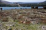 Blick auf die Wehrmauer von Grebastica - Gespanschaft Sibenik-Knin
