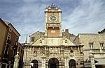 Stari Grad (Altstadt): Narodni trg u Zadru (Volksplatz) - Gradska straza (Stadtloggia) - Zadar