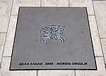 Stari Grad (Altstadt): Schild - Morske Orgulje (Meeresorgel, Nikola Basic) - Zadar